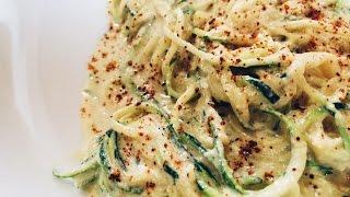 Raw Vegan Alfredo Zucchini Noodles