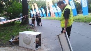 Festiwalowa pralka - Washing Machine at the concert (Michal Kujawa PL)