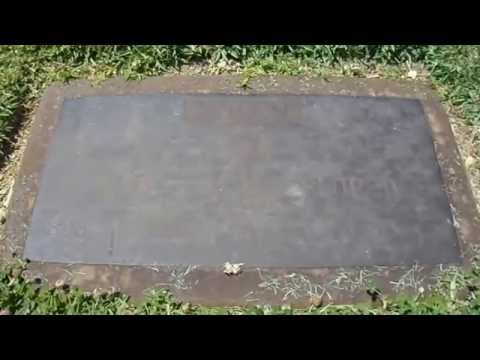 The Wizard of Oz  Graves of Jack Haley and Ray Bolger