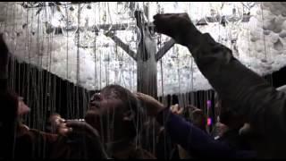 CLOUD An Interactive Sculpture Made from 6000 Light Bulbs
