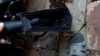 протекает вакуумный бензокран на скутере(протекает вакуумный бензокран на скутере., 2014-06-12T21:55:14.000Z)