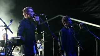 Massive Attack - Risingson (Live - Fuji Rock 2010)