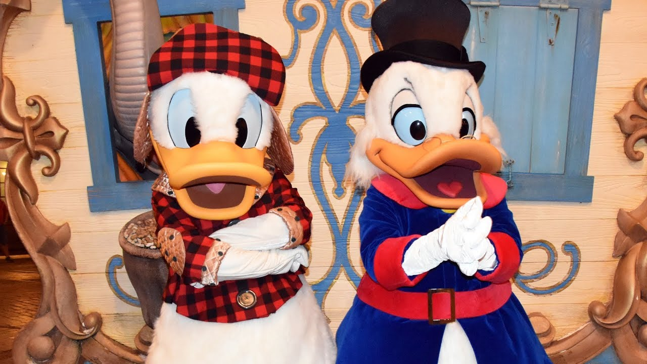 Scrooge Mcduck Christmas.Donald Duck And Scrooge Mcduck Meet Greet At Mickey S Very Merry Christmas Party 2018 Disney