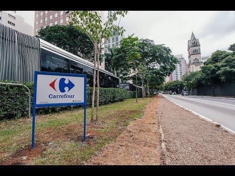Grupo Carrefour adota manutenção de canteiro central na Av. 9 de Julho - Programa Adote uma Praça