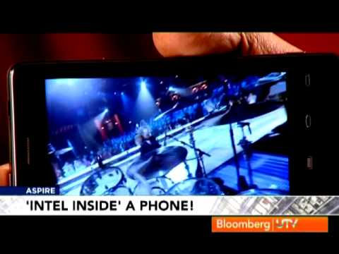 Bloomberg UTV Exclusive: Hands on the Lava XOLO the Intel-based Smartphone