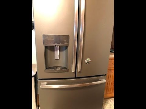 How to Remove Fridge Water Dispenser Tray Stain - Magic Eraser!
