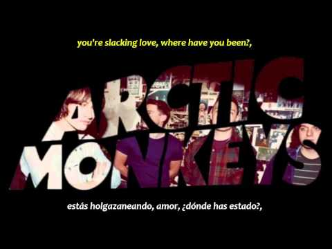 Arctic Monkeys - The bakery (inglés y español)