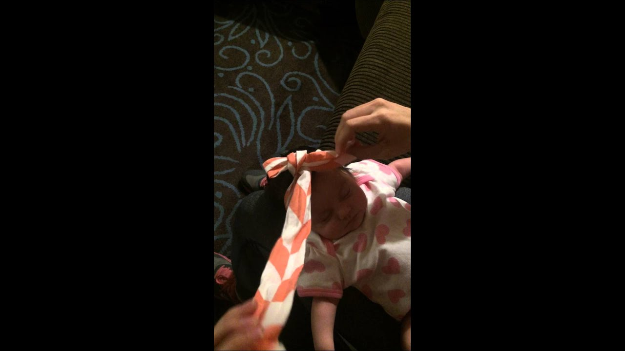 How To Tie A Head Wrap Bow On A Baby Youtube