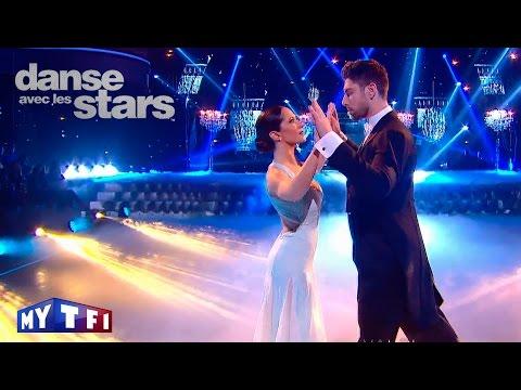 DALS S06 - Fabienne Carat et Julien Brugel dansent une valse sur ''Sissi impératrice''