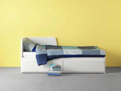 ikea flekke daybed with 2 drawers 2 mattresses youtube. Black Bedroom Furniture Sets. Home Design Ideas