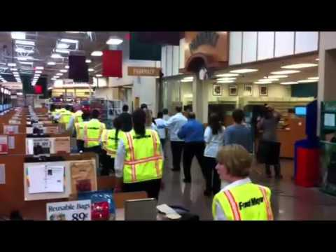 Fred Meyer First Ever Flash Mob Wilsonville