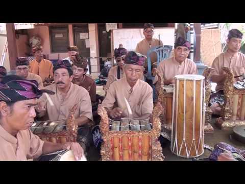 BALINESE GAMELAN - Angklung Kesuma Cita Br.Bonaya Peguyangan.