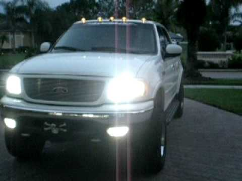 2017 Ford F 150 Lariat >> 2001 Ford F150 SuperCrew Lariat 4x4 with clearance lights and HID headlamps. - YouTube