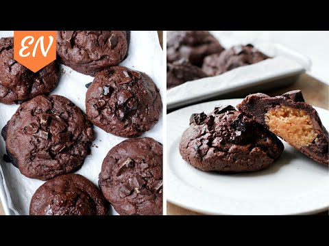 peanut-butter-filled-chocolate-cookies-(levain-bakery-style)-||-william's-kitchen