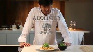 Recette : Filet de loup à la Sarde, huile d'olive fenouil et baies roses