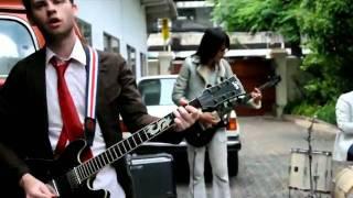 กลัว -- โทนี่ ผี (Tony Phee) - YouTube.flv