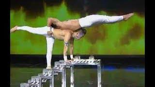 Acrobatics on blades| CCTV English