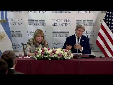 Susana Malcorra y John Kerry brindaron una conferencia de prensa