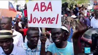 Les Haïtiens dans la rue contre la