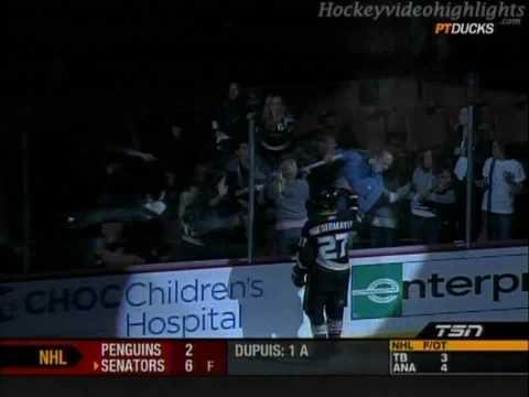 Fans Fight over Scott Niedermayer's Game Used Hockey Stick