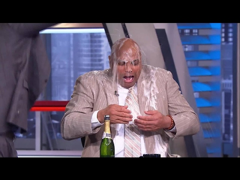 EJ's Neato Stat: Chuck Gets a Champagne Shower | NBA on TNT