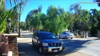 Un ladron roba a Larry Hernández