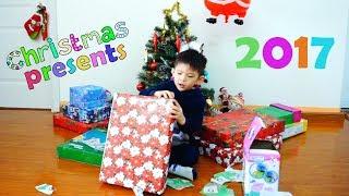 Opening christmas presents with Xavi ABC Kids - Jingle Bells Kids Christmas Songs