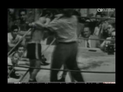 Carmen Basilio -vs- Chuck Davey II 7/16/52 part 5