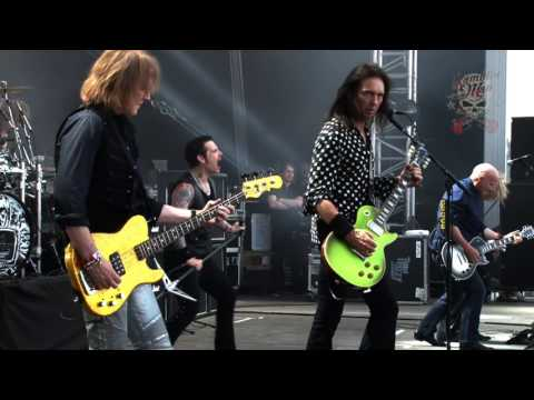 Thin Lizzy -  'The Boys Are Back In Town' Live At Ramblin' Man Fair 2016