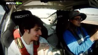 Carlos Sainz Jr enseña a conducir a Gisela Pulido - RedBull Jarama - PRMotor TV Channel