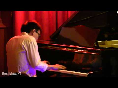 Adhitia Sofyan - After The Rain @ Mostly Jazz 14/11/13 [HD]