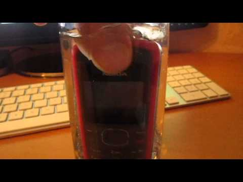 Best way to destroy an old Nokia mobile phone : Water !