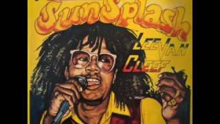 Lee van Cliff - Reggae Sunsplash!(Puppa Cliff again wid his wicked tune Reggae Sunsplash from his album......... Reggae Sunsplash!! haha loving it.. Run It!!, 2009-05-30T12:06:51.000Z)