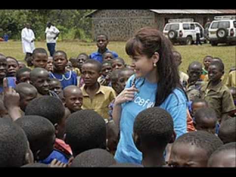 UNICEF: Helping children in Africa. -zoofre