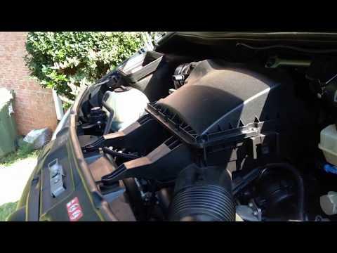 Change Mercedes Sprinter 2500 Oil Filter - YT