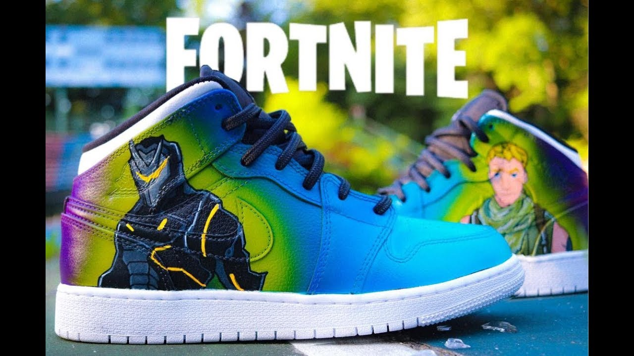 ac63590b050 FORTNITE CUSTOM AIR JORDAN 1 S - YouTube