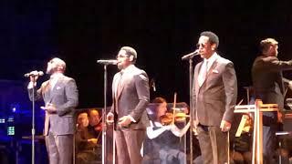 "Gambar cover Boyz II Men - ""On Bended Knee"" (Live) May 22, 2019 Portland, Oregon"