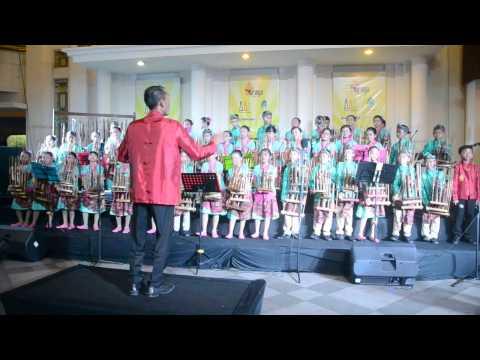 Manuk Dadali - Team Angklung SD BPI @Festival Angklung AWI