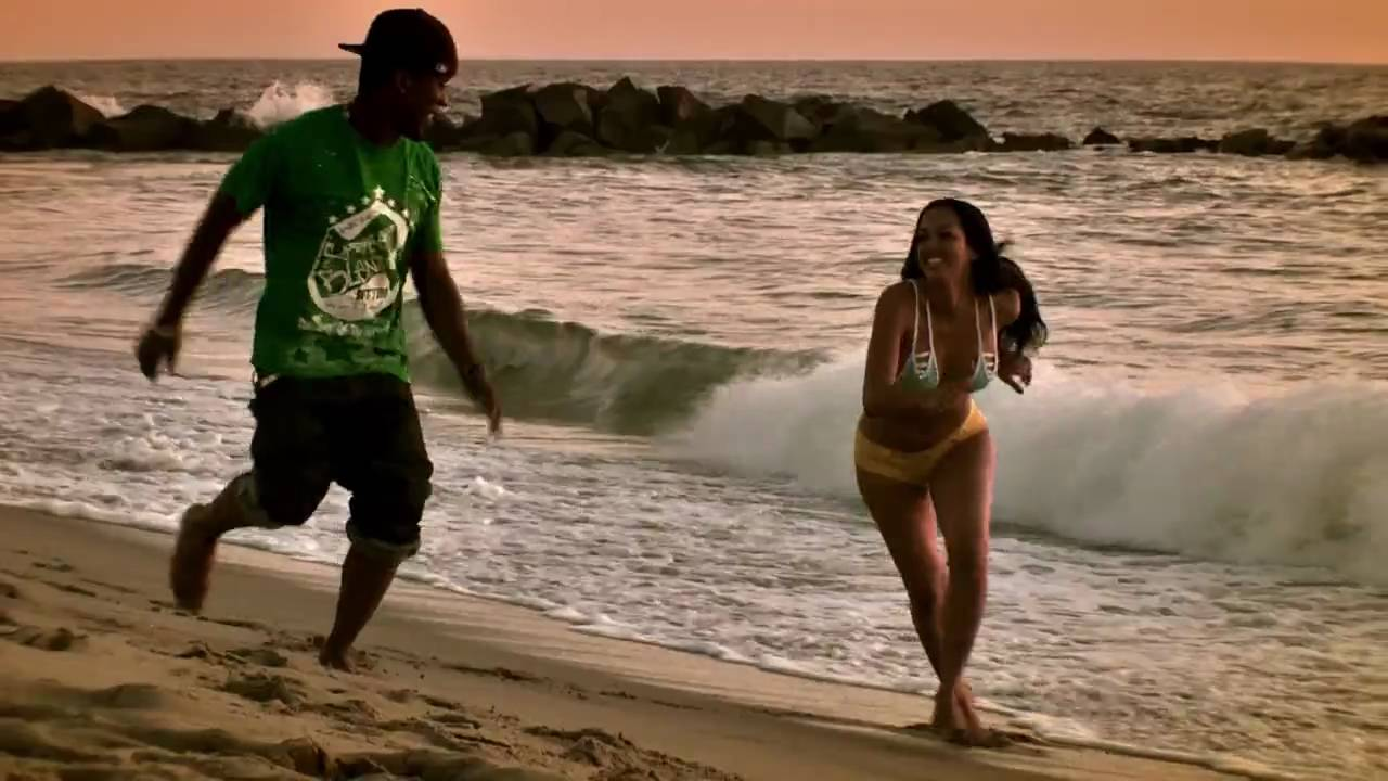 Download Replay (Prequel) [Music Video] - Iyaz
