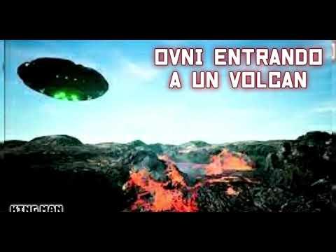 OVNI entra a volcan ellos los estarian usando como portales dimensionales