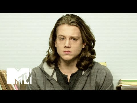 Finding Carter  Police : Max  MTV