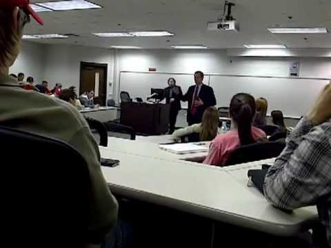 Savannah Rep. Jack Kingston discusses gay marriage with a UGA student