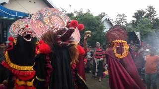 """Singo Barong """"new rogo samboyo putro"""" live siman"""