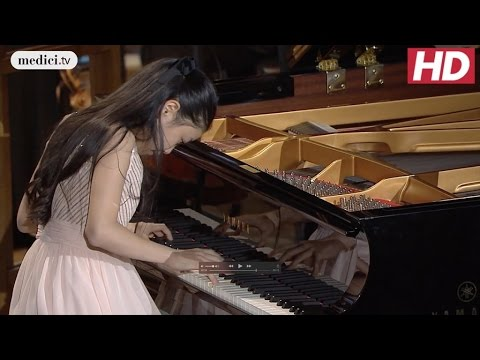 Grand Piano Competition - Shio Okui - Piano Concerto - Grieg