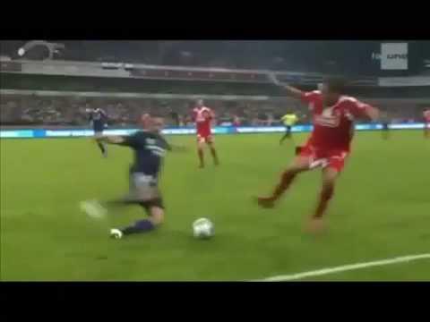 Horror Foul gegen Marcin Wasilweski (Standard Lüttich - RSC Anderlecht)