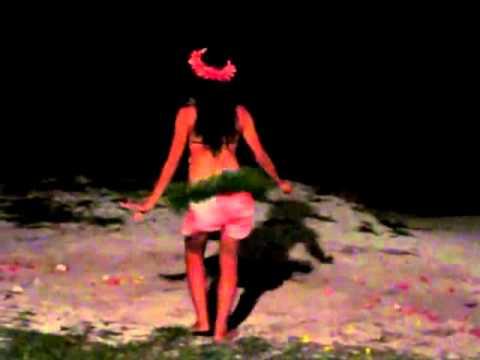 Polynesian Dancers  Aitutaki - Cook Islands