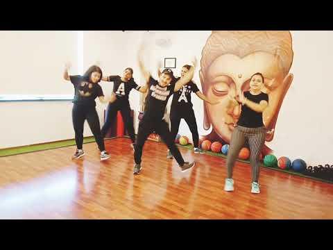 First Class#Kalank #Varun Dhavan #Arijit Singh #Neeti Mohan #Bollywood Choreography #Dance Fitness