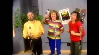 Sharon Lois & Bram Unbirthday Song - Music Video