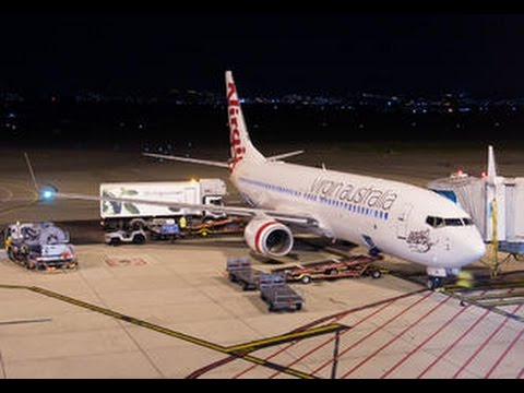 Virgin Australia Business Class - Sydney to Adelaide (VA 444) - Boeing 737-800