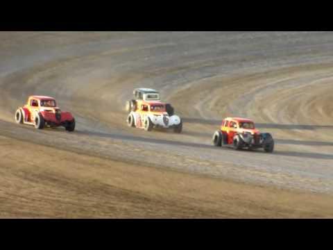 Dacotah Speedway INEX Legend Heats (8/26/16)